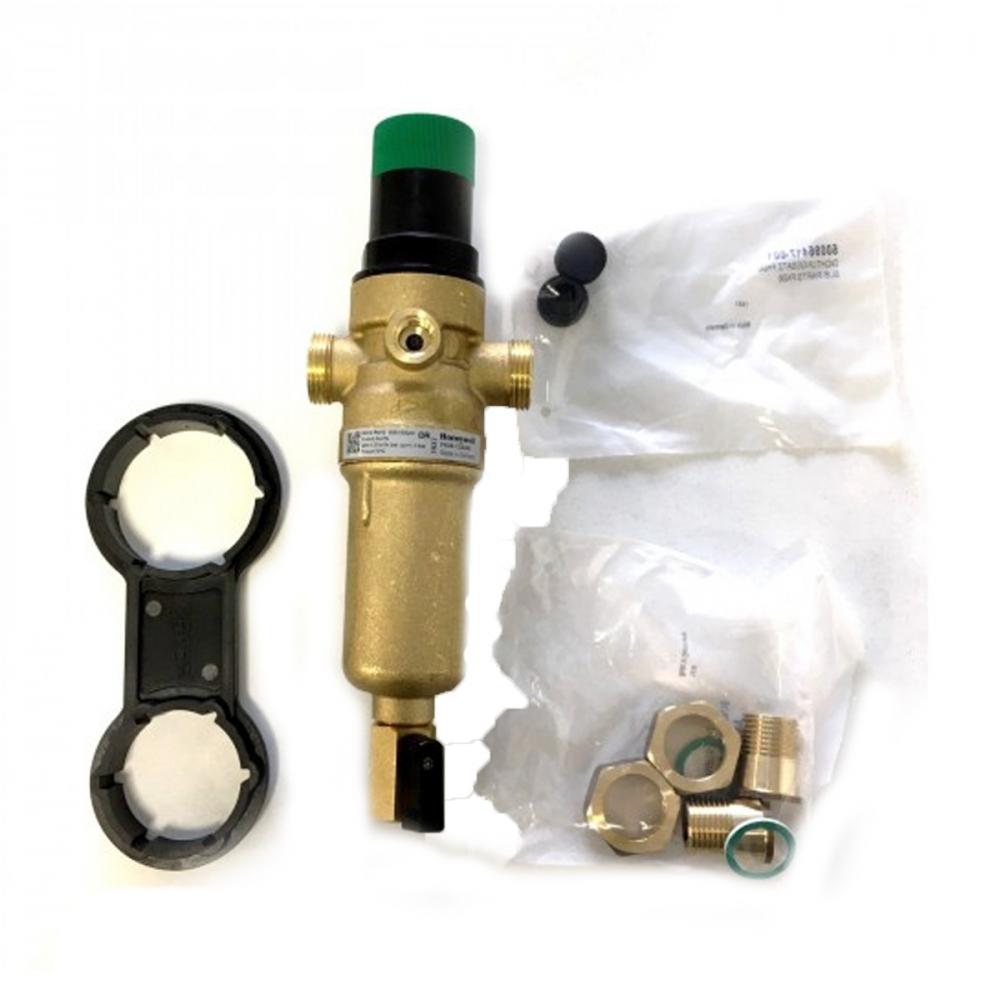 На изображении Фильтр механической очистки HoneyWell FK06-1/2 AAM