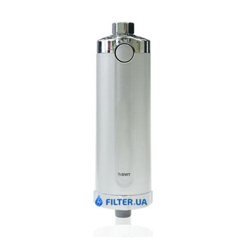 На изображении Фильтр для душа BWT Quick and Clean Anti-Calc System