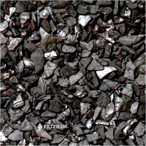 На изображении Фильтрующая загрузка Silcarbon S835, уголь битуминозный